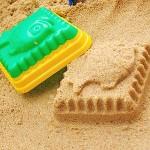 Sandformen mit Spielsand